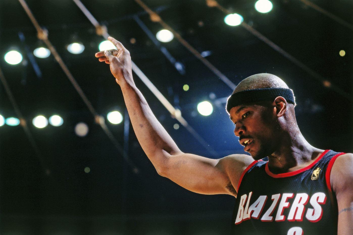 Cliff Robinson NBA All-Star dies at 53