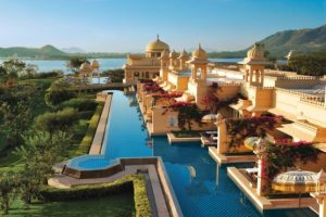 Top 10 most Beautiful hHotels in the World you have to visit (4)
