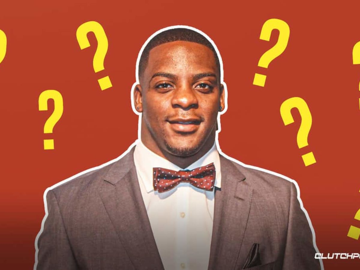 Clinton Portis pleads guilty to fraud charges , faces up to 10 years in prison