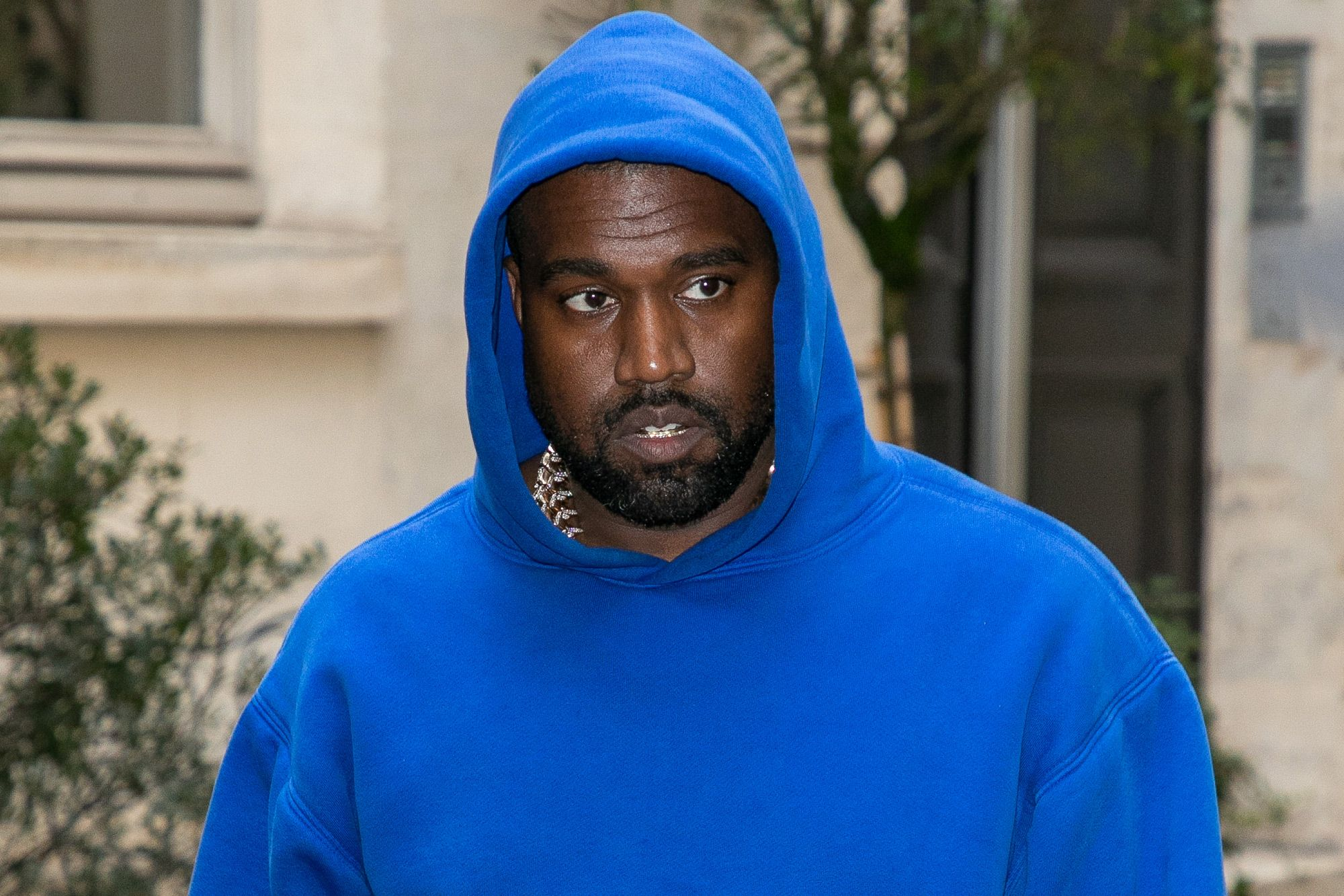 """GAP : Kanye West's """"Perfect Hoodies"""" Are Now Available to Buy"""