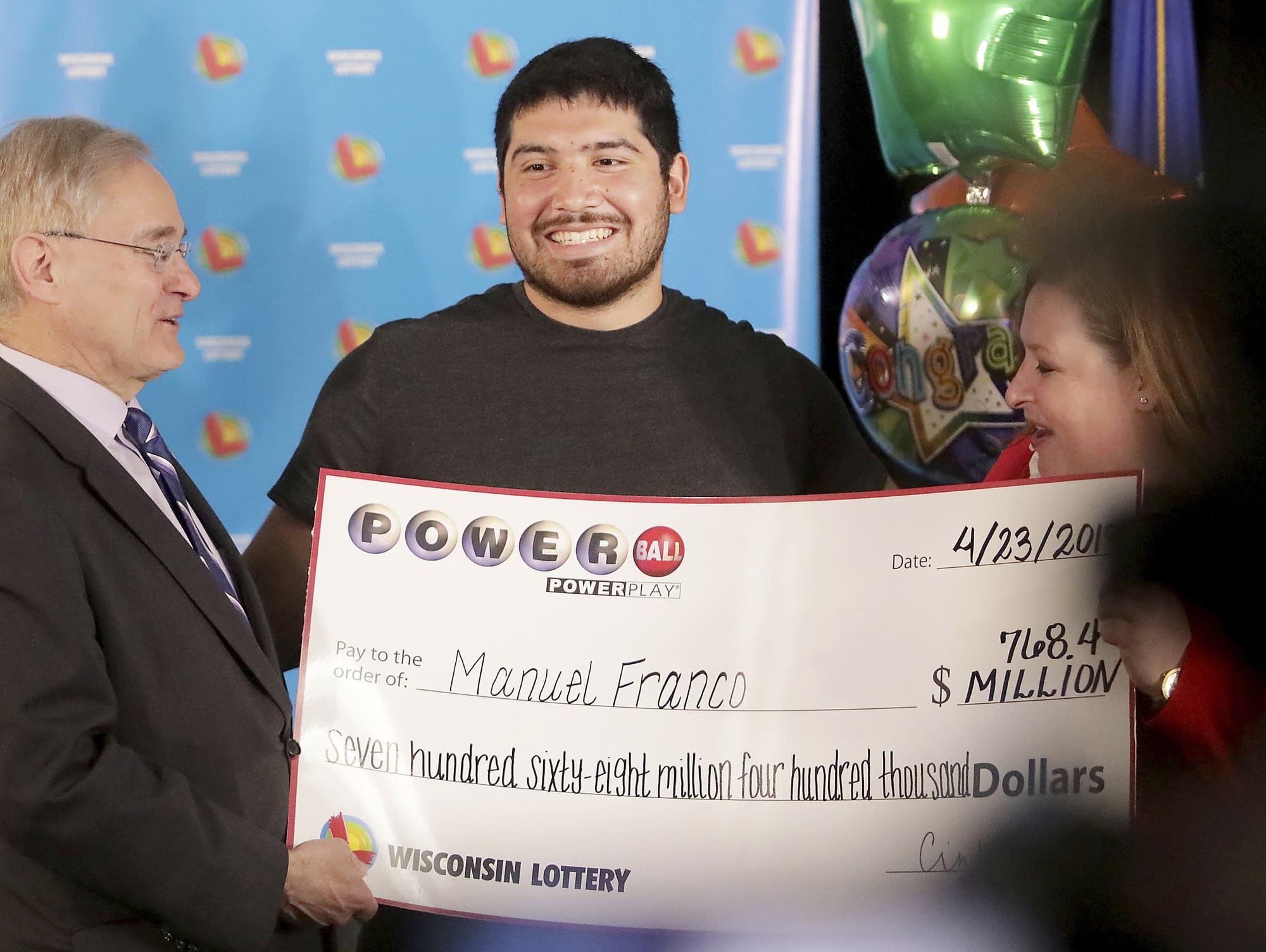 Powerball : no winner of Saturday's $635 million